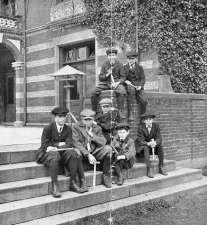 Pinebank, 1915