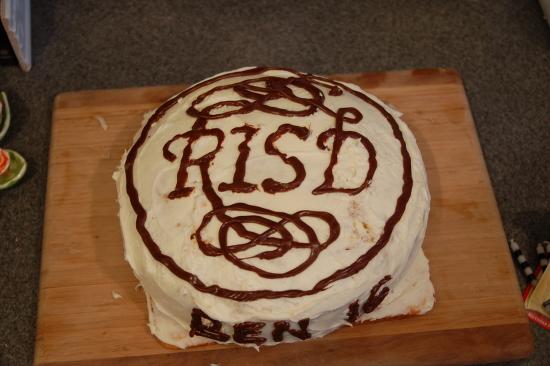 RISD logo cake
