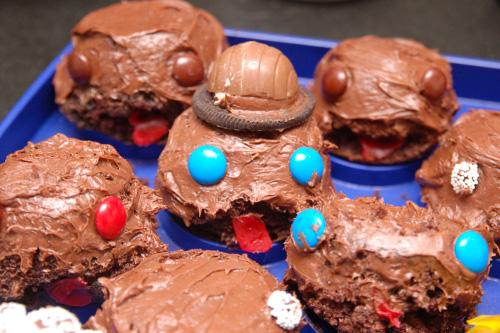 Sackboy cupcakes